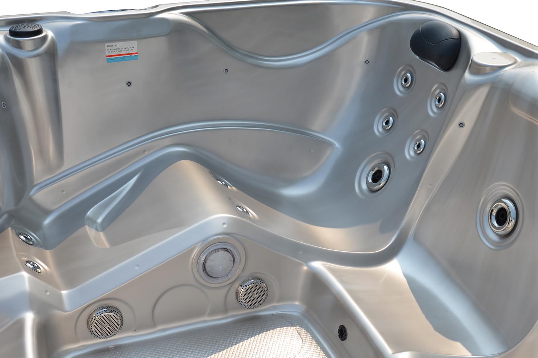 Jacuzzi Spa Montana ligplaatsen en jets - USA Spa's Coevorden